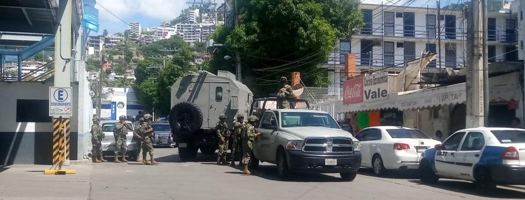 Gobierno estatal desarma a Policía de Acapulco, infiltrada por el crimen