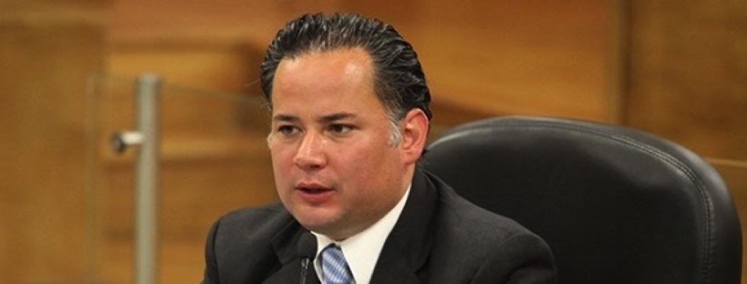 Santiago Nieto bloqueará cuentas de empresas que trasladaban migrantes