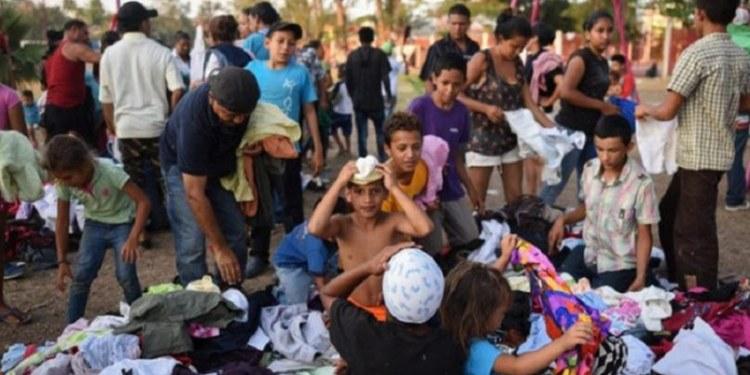 Migrantes amanecen en Tapachula a la espera transporte para llegar a la CDMX 1