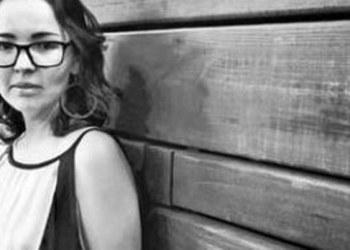 "Ave Barrera gana Premio Lipp la Brasserie por novela ""Restauración"" 3"