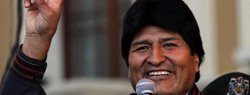 Evo Morales incrementa apoyo a adultos mayores en vísperas de comicios