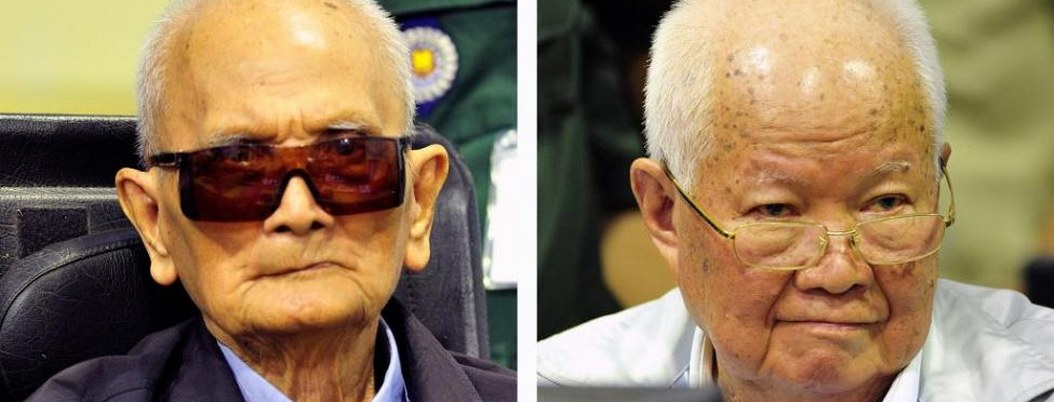 Condenan a cadena perpetua a 2 líderes jemeres rojos más viejos
