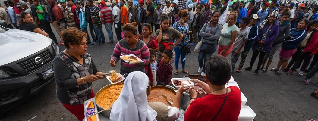 Empresas también ofrecen empleos a centroamericanos migrantes