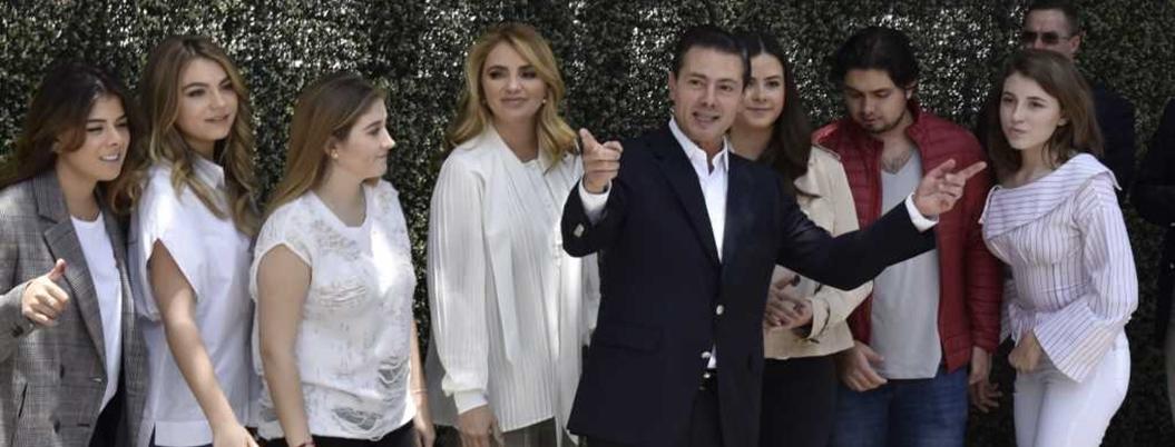 Peña organizará reventón de despedida en Los Pinos