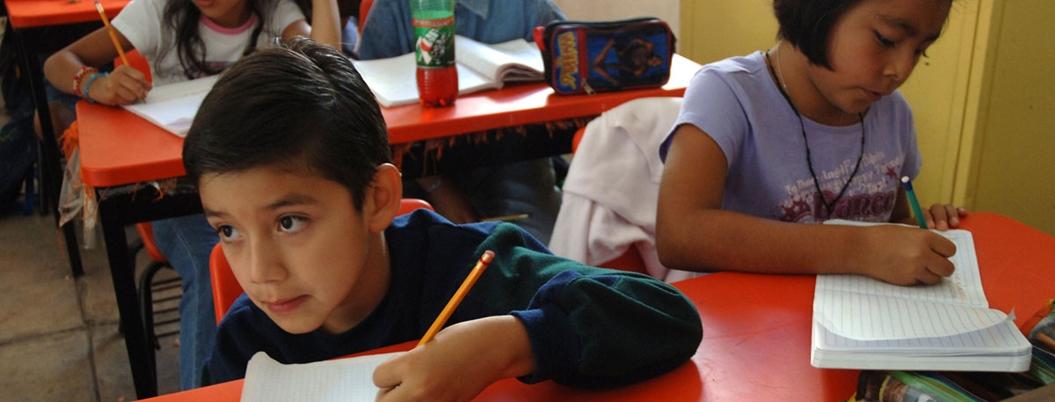 Reprueban en matemáticas y español alumnos de sexto de primaria