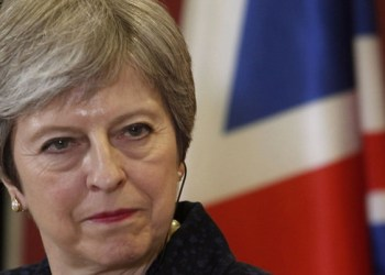 Theresa May viaja a Europa con la losa del Brexit a la espalda 2