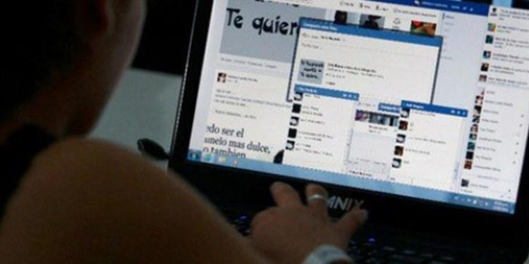 Delincuentes usan Facebook para obtener información de víctimas 1