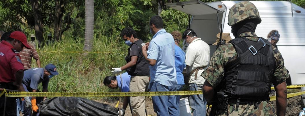 Simbolizan casi 2 mil fosas clandestinas una década del México violento