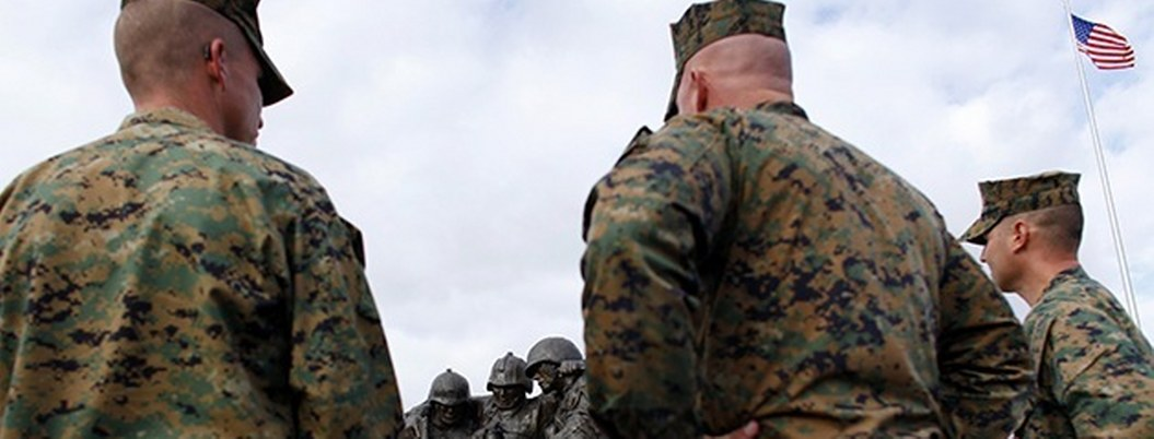 Acusan a 4 soldados de matar a militar hispano en EU