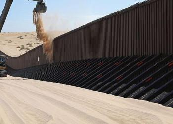 Congreso de EU aprueba mil 375 mdd para la construcción del muro 5