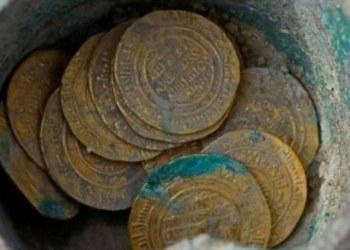 Descubren tesoro de monedas de oro de hace 900 años 1