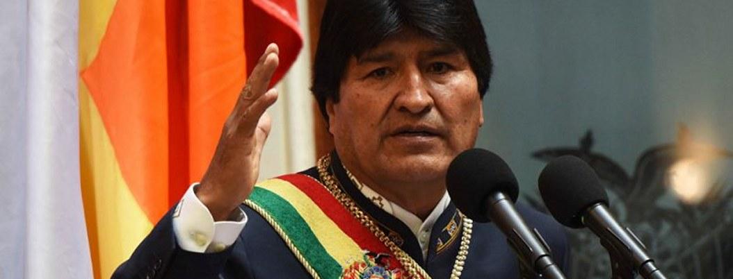 Evo Morales viola ley electoral al prometer obras a cambio de votos