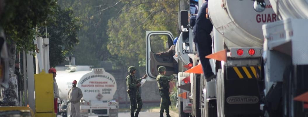 Huachicoleros sabotean ducto de Pemex que abastece al norte del país