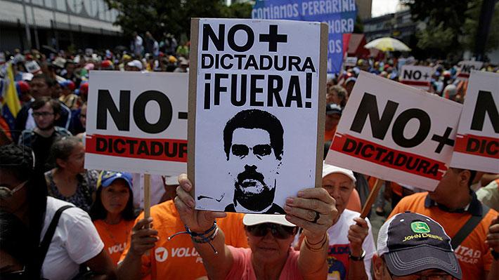 """EU y Argentina apoyan a """"presidente interino"""" en Venezuela"""