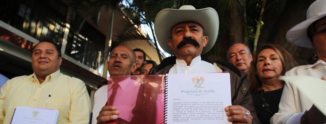 """""""Marcos se cruzó de brazos cuando gobierno cazó a indígenas"""": nieto de Zapata"""