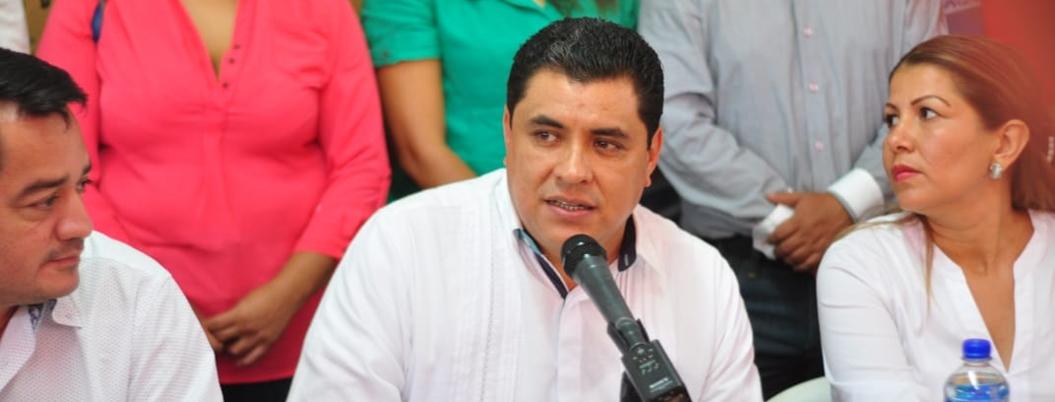 Gaspar busca cobrar impuestos a empresas que usen la vía pública