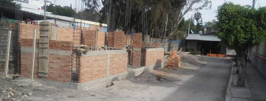 Construyen locales comerciales avalados por Antonio Gaspar