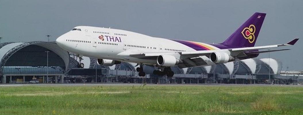 Pakistán cancela vuelos comerciales por tensión con India
