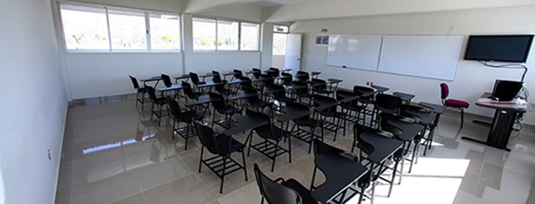 Convocan a maestros para las cien universidades de AMLO