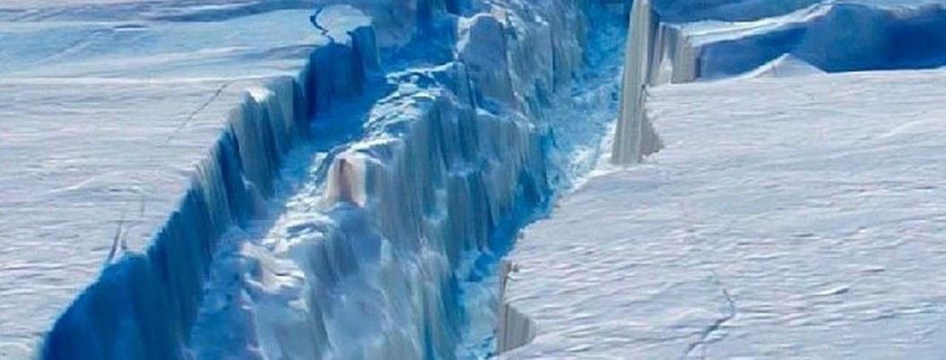 NASA advierte sobre desprendimiento de iceberg en la Antártida