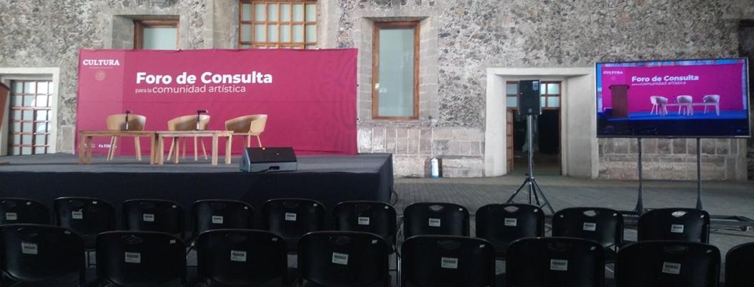 Becas del Fonca, ¿deben desaparecer o democratizarse?