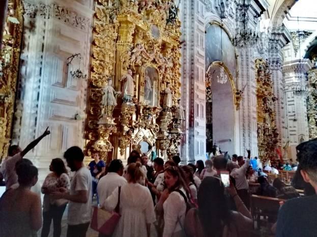 Turistas en Taxco viven Semana Santa entre procesiones y platería 3