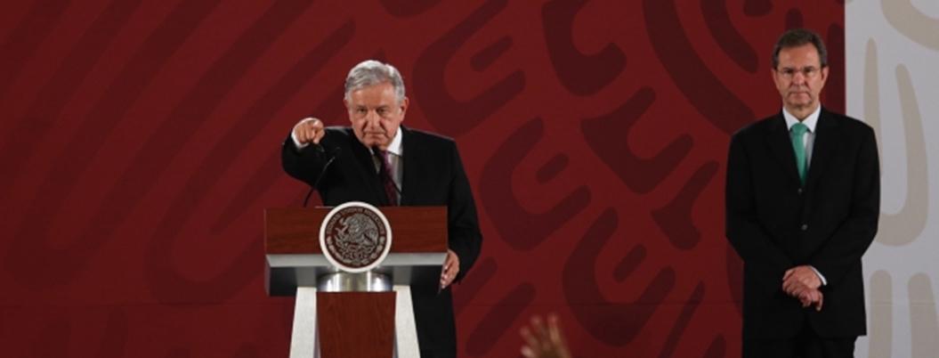 Obrador se reunirá primero con la CNTE para limar asperezas
