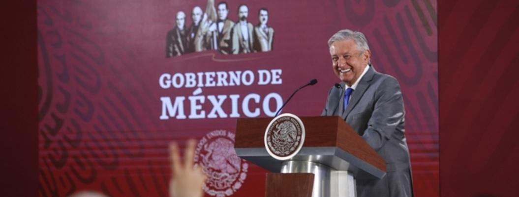 """""""Me gusta cucar a mis adversarios"""", reconoce Obrador"""