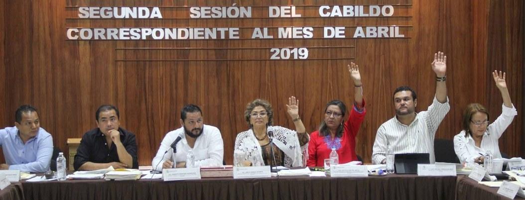 Entregan proyecto de presupuesto a ediles de Acapulco a destiempo