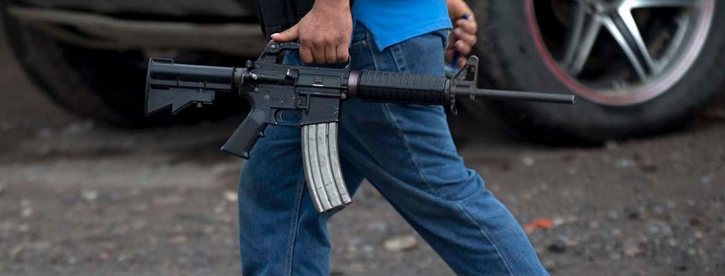 Michoacán armado hasta los dientes: mitad de población tendría un arma