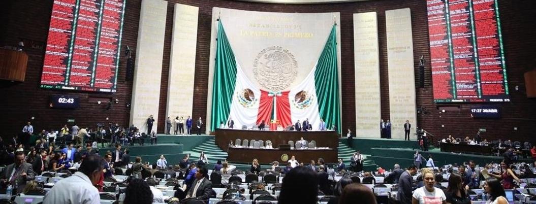 Periodo de sesiones termina en Cámara de Diputados con loas a Porfirio