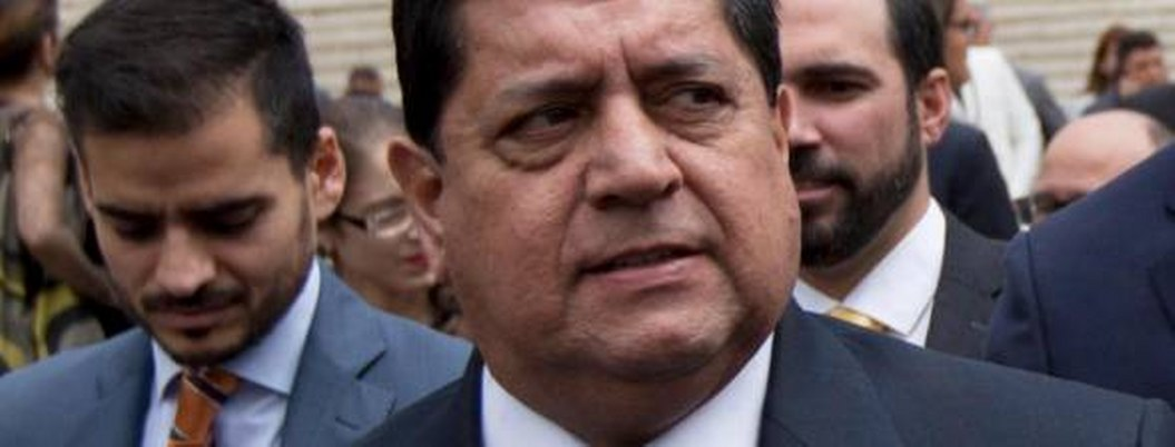 Detienen a diputado por participar en fallido alzamiento contra Maduro