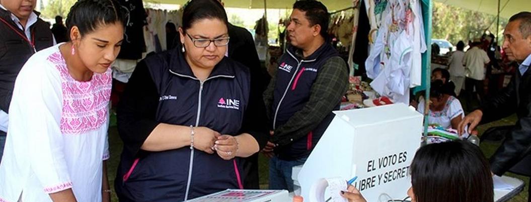 Indígenas de Hidalgo recriminan la polarización nacional a AMLO