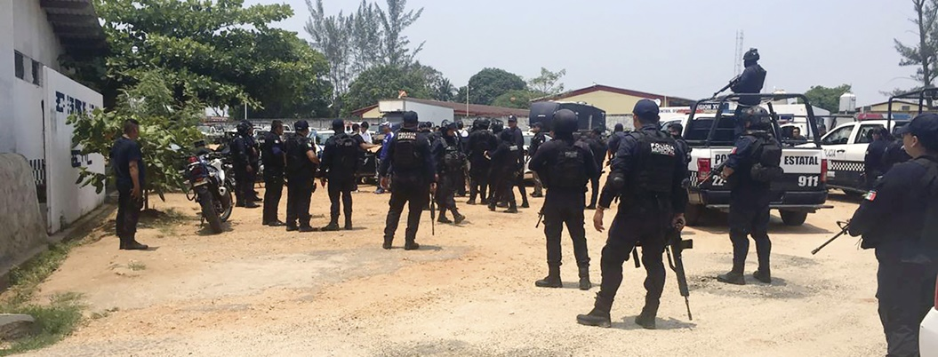 Policías y sicarios del Pelón se balean en Minatitlán, Veracruz