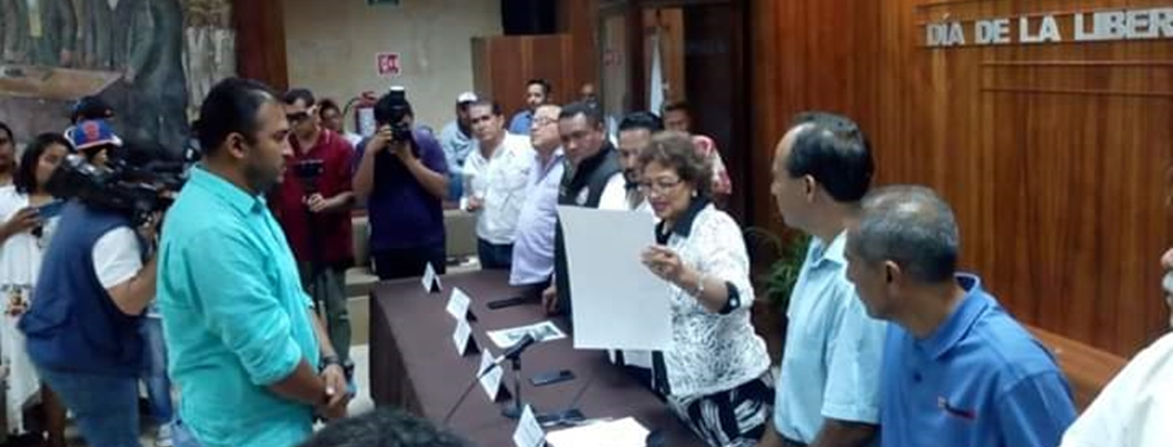 """""""Cacahuatepec requiere desarrollo, no confrontación"""": Adela Román"""