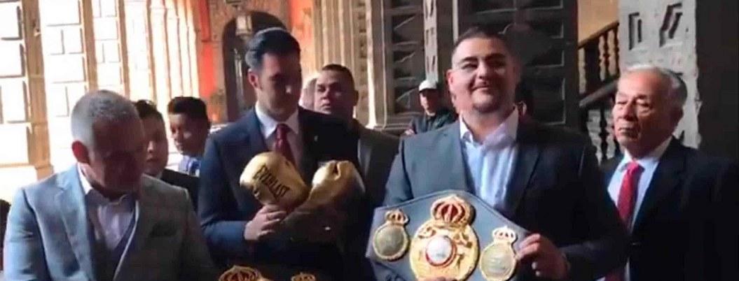 """Hice historia para México"": Andy Ruiz recorre Palacio Nacional"