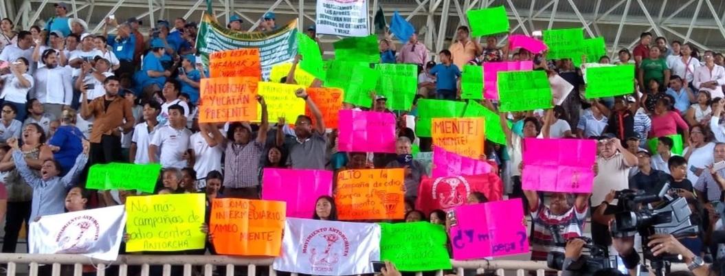 Priistas de Antorcha Campesina festejan boicoteo a eventos de AMLO