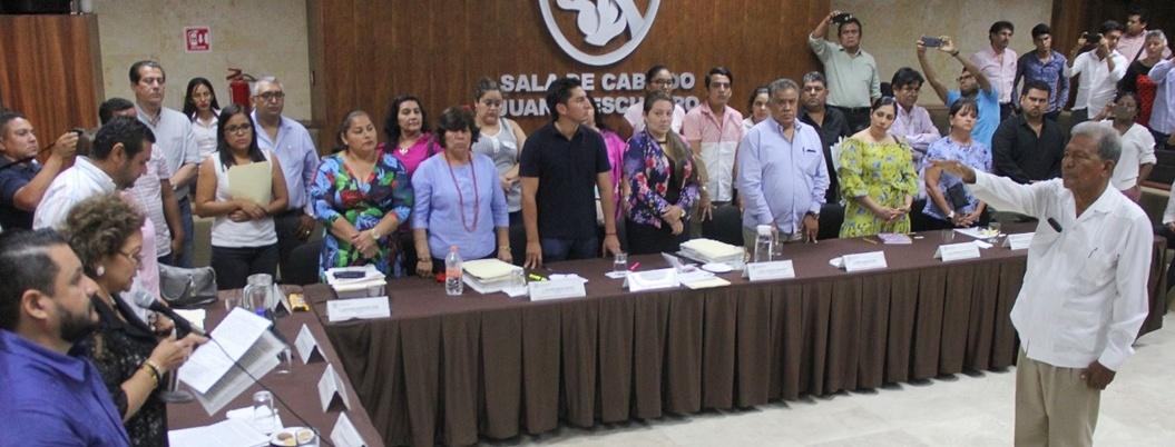 Cabildo designa a Francisco Torres como contralor de Acapulco