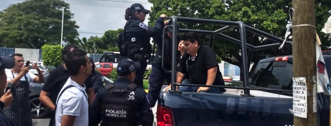 Detienen a exalcalde de Jiutepec por oponerse a clausura de negocio