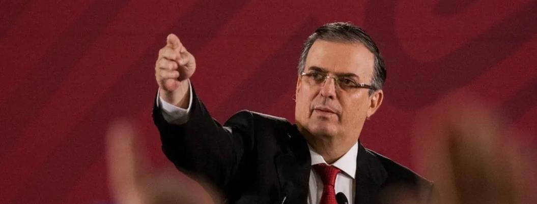 """Polleros cobran hasta 100 mil pesos a centroamericanos"": Ebrard"