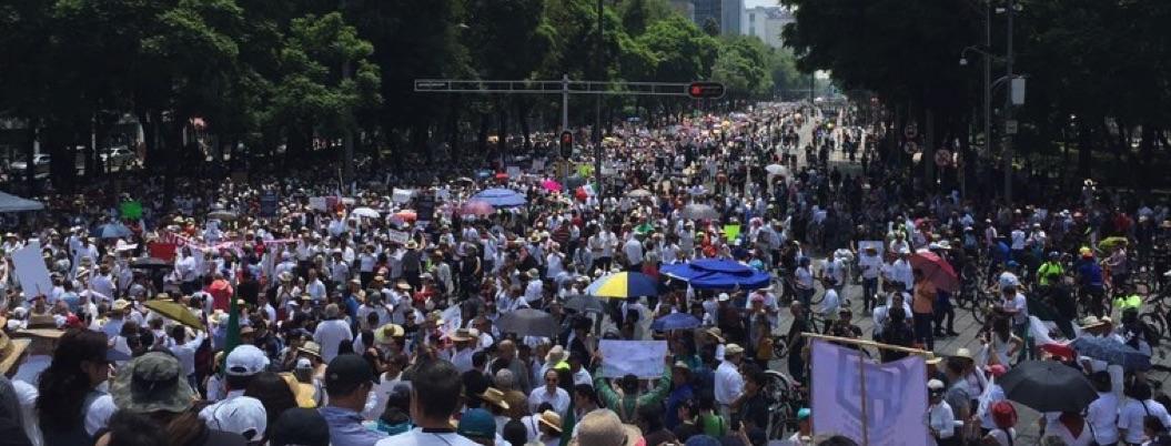 Marchan en protesta por políticas de Obrador; exigen cambiar el rumbo