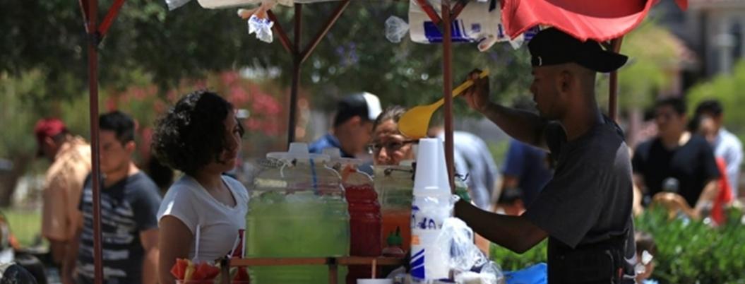 Andrés Manuel creará albergues y 40 mil empleos para migrantes