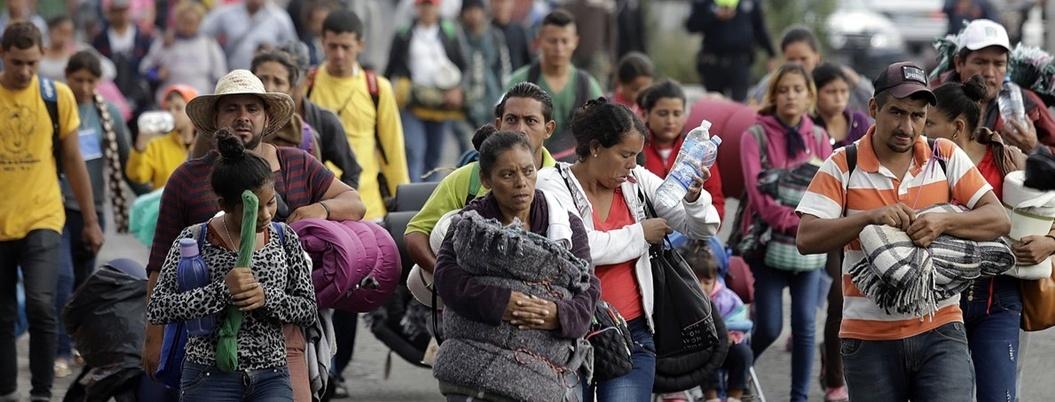 Papa elogia a México por cobijar a centroamericanos migrantes