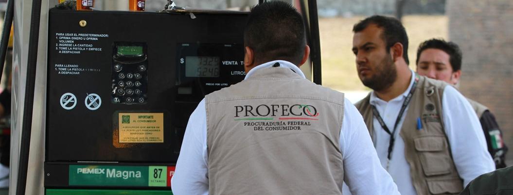 Gasolineros abusivos se amparan contra revisiones de Profeco