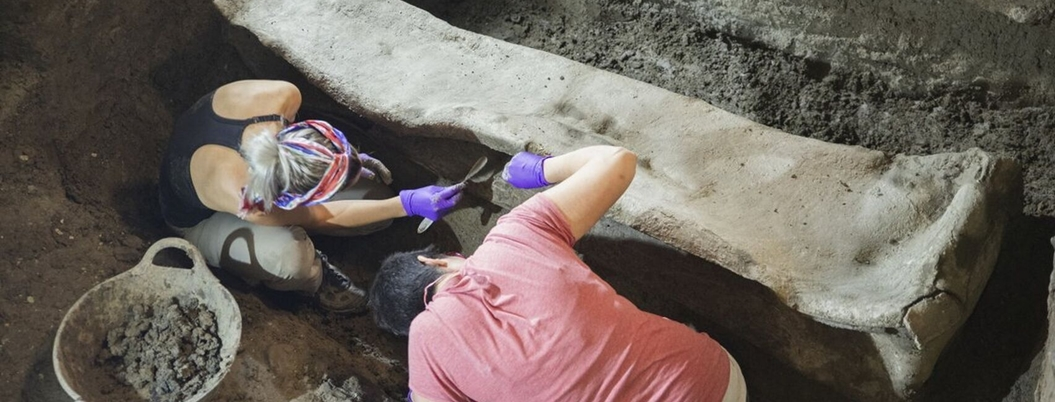 Hallan sarcófago romano en Granada, España