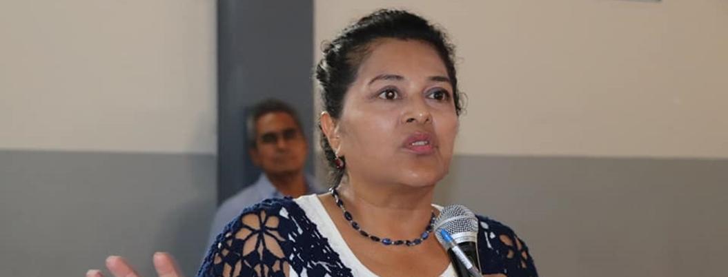 """""""Fertilizante industrial deteriora y esteriliza el suelo"""": Silvia Alemán"""