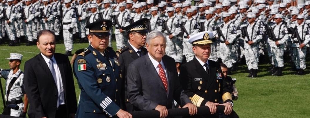 """AMLO sufre un lapsus: """"desaparecería al Ejército por Guardia Nacional"""""""