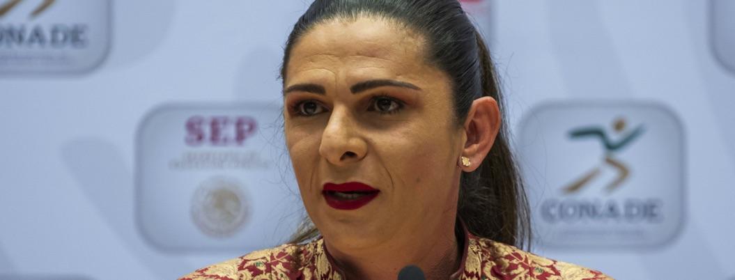 Berrinches de atletas no me harán renunciar ni dar becas: Ana Guevara