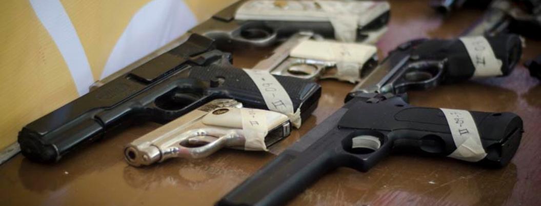 Confiscan 34 armas ilegales todos los días en México