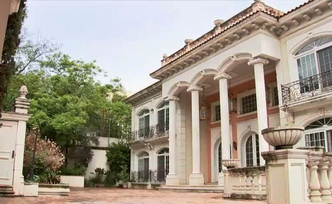 Así es la casa fifí de Zhenli Ye Gon que subastará AMLO